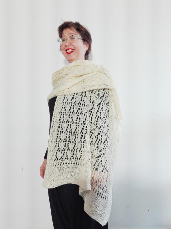 Stola Sugar Lace in lana di pecora Brogna